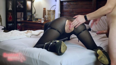 Sexy Babe Catwoman Facesitting With Dildo & Fucked By Hard Cock